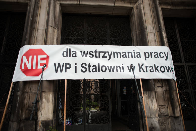 Protest uliczny związków ArcelorMittall w Krakowie